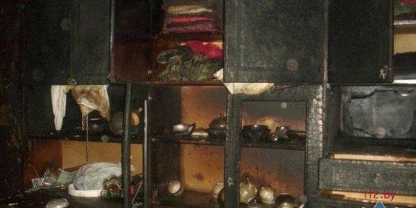 На пожаре дома в Лиде эвакуировали 70 человек