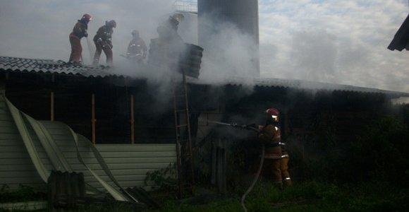 Вчера утром в Лиде горело несколько гаражей по улице Советской