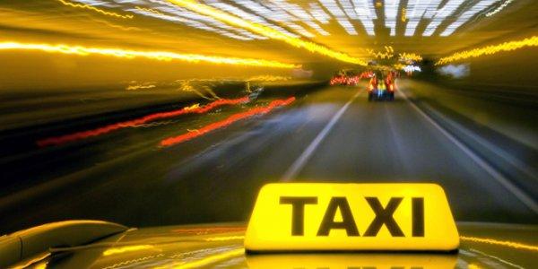 В Лидском районе подросток избил таксиста камнем и угнал его авто