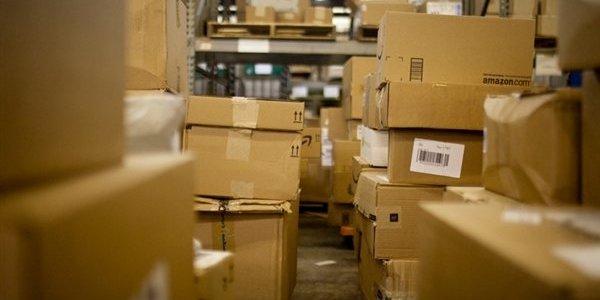 Лимит на зарубежные посылки сократили до 22 евро и 10 кг