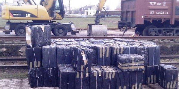 Лидские пограничники обнаружили табачную контрабанду в грузовом поезде