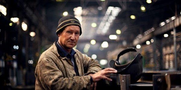 Рабочий из Лиды: Нет ни денег, ни работы, а тут еще и на пенсию не пускают