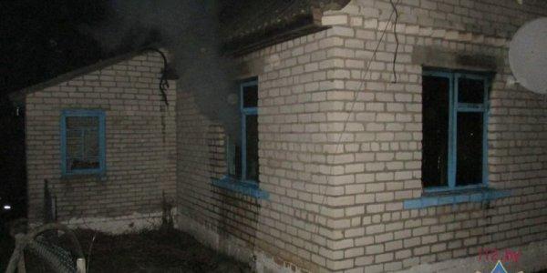 Минувшей ночью в деревне Паперня горел дом