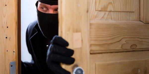Заезжий гость: житель Лиды ограбил могилёвскую пенсионерку