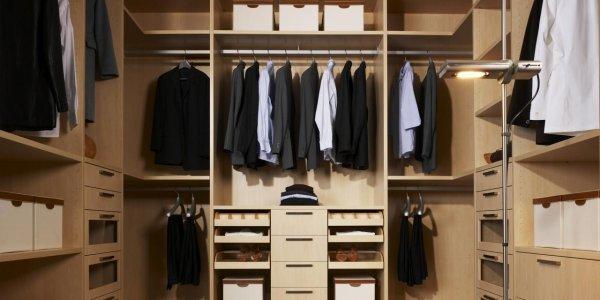Гардеробные комнаты на заказ – проверенные решения для практичного и комфортного хранения вещей