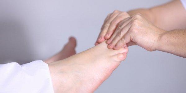 В каких случаях понадобится операция на коленный сустав?