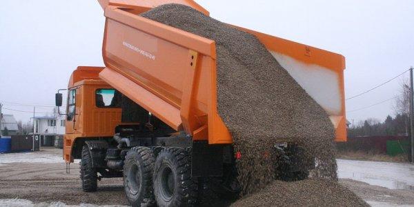 Сотрудниками ОБЭП Лидского РОВД задокументировано крупное хищение щебня во время реконструкции трассы М6