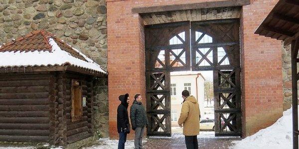 Реконструкция Лидского замка завершится через полгода.