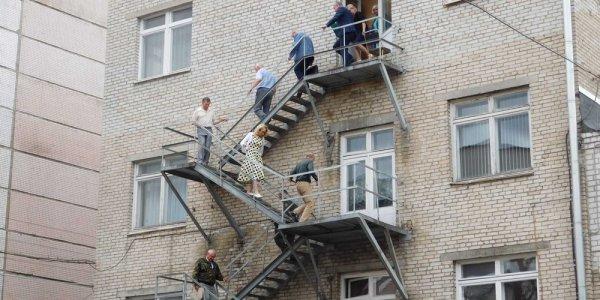 О безопасности с работниками завода электроизделий в Лиде