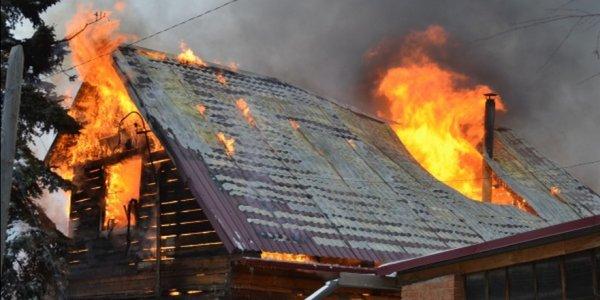 В Лидском районе горел жилой дом