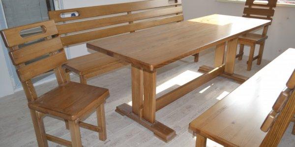 Предметы мебели из сосны