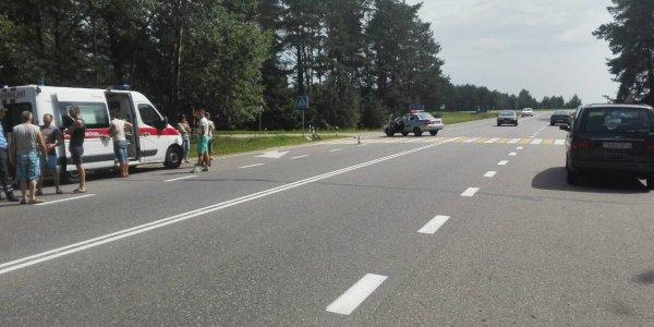 Велосипедист оказался под колесами Пежо в Лидском районе