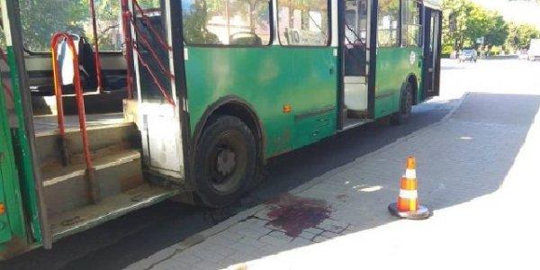 В Лиде пожилая женщина попала под колеса городского автобуса