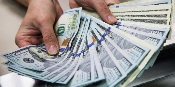 В августе общественность реализовало рекордный размер денежных единиц
