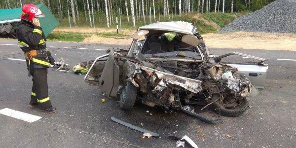 На трассе М6 фура вытолкнула на встречку Skoda: один человек погиб, два пострадали