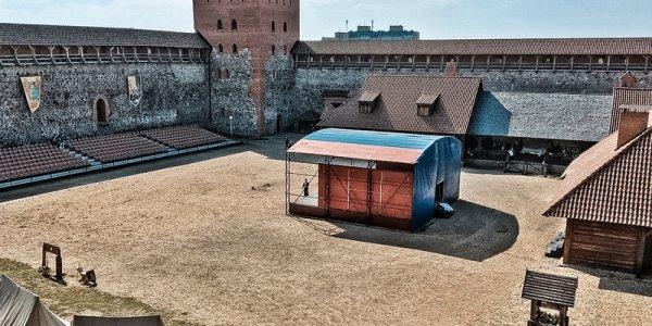 Как реконструкция изуродовала Лидский замок 1323 года