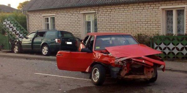 Лидчане пострадали в ходе ДТП в Ивье