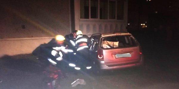 Лидские спасатели деблокировали при ДТП 28-летнего мужчину