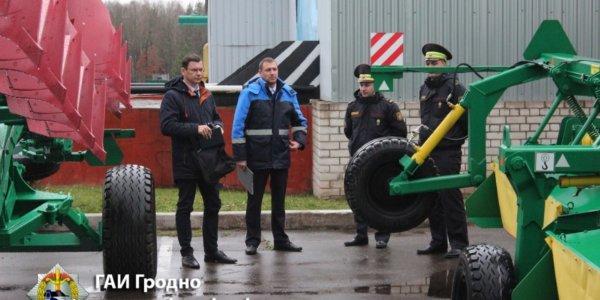 Сотрудники Лидской ГАИ посетили сельскохозяйственные предприятия