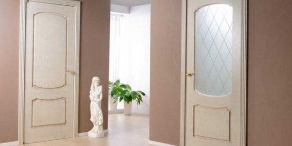 Как отделать межкомнатные двери, цвета и оформление