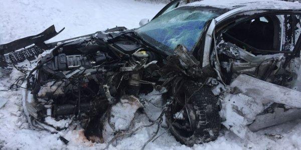 На дороге «Лида — Вороново» Peugeot выехал на встречку и влетел в Audi