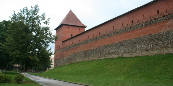 Лидский замок. История. Фото