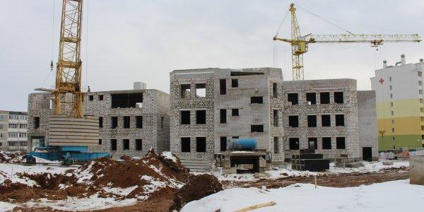 В Лиде строят трехэтажный детский сад на 230 мест