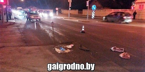 В Лиде девушка попала под автомобиль, перебегая улицу на красный свет (Видео)