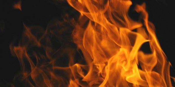 Полностью сгорел деревянный дом в Лидском районе. Хозяин погиб