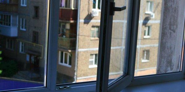 Студентка из Лиды выпала из окна 8 этажа общежития в Гродно