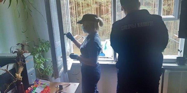 В Лидском районе женщина толкнула соседку в открытый проем.