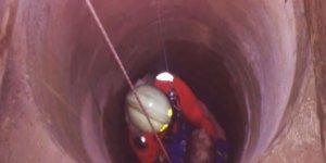 Глубокая ловушка. В Лиде спасателям пришлось доставать из колодца 58-летнюю женщину