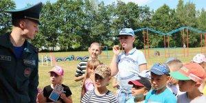 Лидские спасатели провели акцию в лагере «Эрудит»
