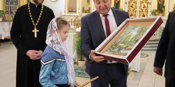 В Лиде министр природных ресурсов принял участие в акции «Наши дети»