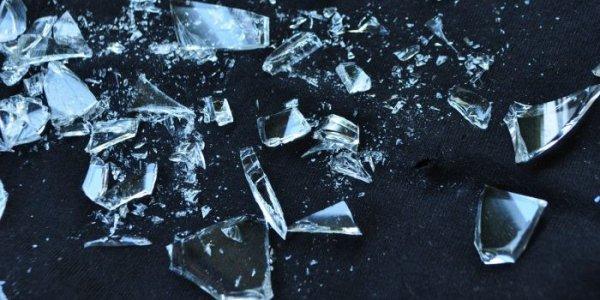 В Лиде подростки разгромили квартиру (Видео)