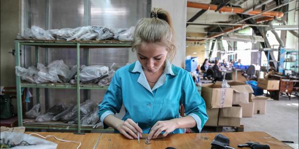 Что происходит на обувной фабрике? Аудиозапись