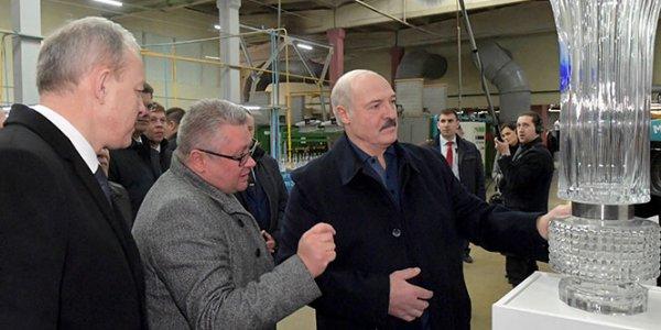 Лукашенко позволил «Стеклозаводу «Неман» не возвращать банку долги 20 лет